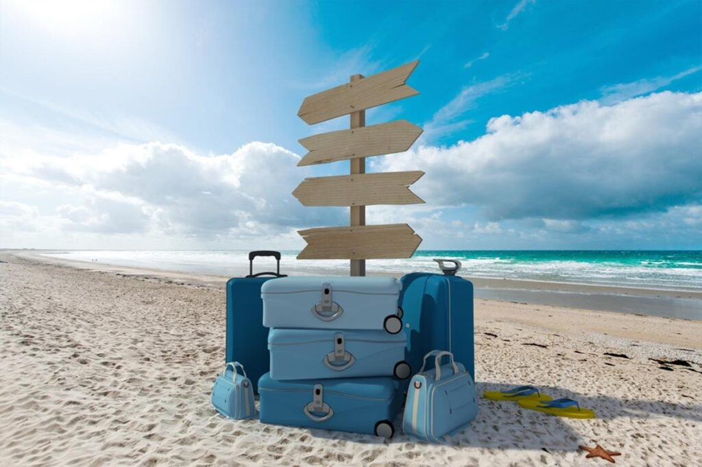 valises_sur_une_plage