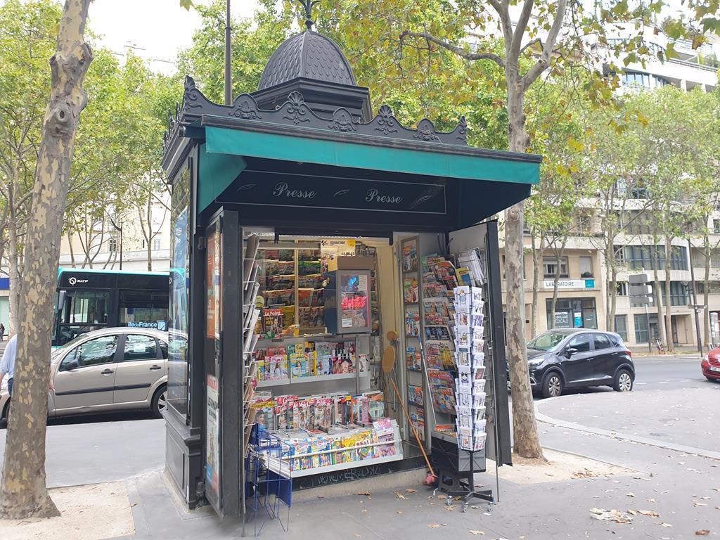 kiosk_parisien