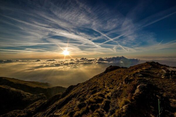 lever_de_soleil_montagne